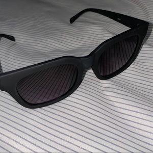 Quay Libre Sunglasses